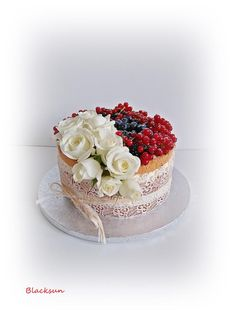 Naked cake with edible lace by Blacksun