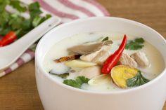 Tom Kha Kai, sopa de pollo con leche de coco, sopa thai, sopa de pollo thai…