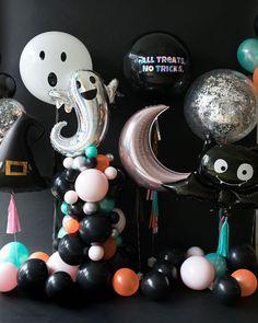 Halloween Backdrop, Halloween Balloons, Halloween Party Games, Halloween Banner, Halloween Crafts For Kids, Halloween Birthday, Holidays Halloween, Baby Halloween, Halloween Decorations
