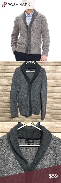 """BANANA REPUBLIC Mens Gray Cardigan Sweater XL Contrasting collar on this Banana Republic Mens cardigan sweater.  Cable knit detail with two front pockets.  Length: 31"""" Color: Gray.  Excellent condition Banana Republic Sweaters Cardigan"""