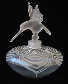 Vintage iridescent studio perfume bottle Hummingbird stopper excellent condition