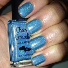 #bluebeary by #chaosandcrocodiles @chaosandcrocodiles is such a pretty blue for my #mani/#notd from @shopdazzled #theholograil #theholograil...