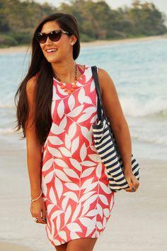 Island Company sundress, Massi beach tote and cat eye sunnies. Resort wear 2014
