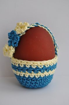 Crochet easter egg basket. Too cute! (no pattern)