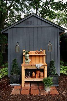 black garden shed with cedar potting bench Painted Garden Sheds, Garden Shed Diy, Backyard Sheds, Cedar Garden, Garden Shed Exterior Ideas, Garden Ideas, Garden Planters, Patio Ideas, Outdoor Ideas