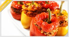 Clean Eating Crock Pot Stuffed Peppers fresh red or yellow peppers 1 lb. shredded chicken breast or turkey (cooked) 1 C. instant brown rice (uncooked) 1 C. fresh spinach, chopped 1 can diced to… Slow Cooker Recipes, Crockpot Recipes, Cooking Recipes, Cooking Tips, Healthy Snacks, Healthy Eating, Healthy Recipes, Free Recipes, Empanadas