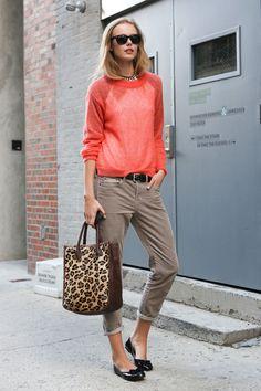 what-do-i-wear:  frida gustavsson during NYFW (image:stylebistro)