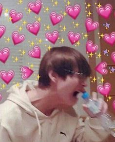 """""""BTS thanked the president for mentioning us. They even said """"our armys"""". OUR Remember during their wings tour, Taehyung keeps saying """"Armys, you belong to us."""" We belong to BTS. Taehyung, Namjoon, Hoseok, Yoonmin, Kpop, Bts Emoji, Bts Face, Heart Meme, Bts Meme Faces"""