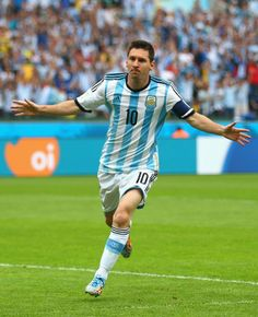 Lionel Messi of Argentina celebrates scoring his team's first goal during the 2014 FIFA World Cup Brazil Group F match between Nigeria and A. Messi Argentina, Argentina Soccer, Argentina World Cup, God Of Football, Football Icon, World Football, Football Players, Fc Barcelona, Lionel Messi Barcelona