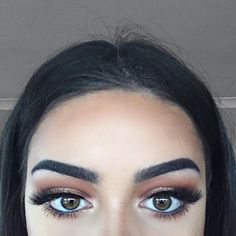 """""""Hair is a little messy    Brows: @anastasiabeverlyhills brow wiz & dip brow in ebony #anastasiabeverlyhills #anastasiabrows  Eyes: @makeupgeekcosmetics…"""""""