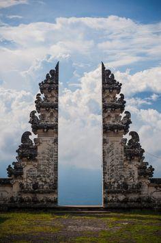 Pura Lempuyang Door)