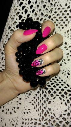 Fuksja by Monika HR-Studio Hanna Roszkowska Wysokie Mazowieckie Nails, Beauty, Finger Nails, Ongles, Beauty Illustration, Nail, Nail Manicure