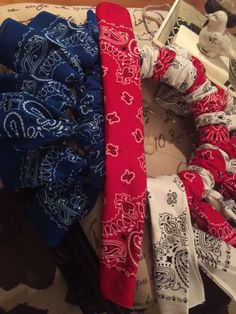 Red, White and Blue-ti-ful/ Bandana Wreath - making one sans the stars (I think they look tacky and are unnecessary).
