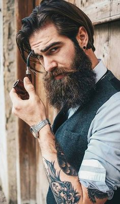 Stunning Thick Beard Tips Its not a rocket science, anybody can grow beard easily, only if they refer our expert tips! Growing a thicker beard is easy & Faster Now! Grow A Thicker Beard, Thick Beard, Short Beard, Beard Styles For Men, Hair And Beard Styles, Moustache, Style Board, Hairstyle Trends, Men Hair Styles