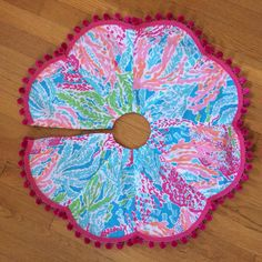 Have yourself a very Lilly Christmas!  24 Christmas Tree Skirt made with Lilly Pulitzers popular Lets Cha Cha fabric, backed with bright pink felt and