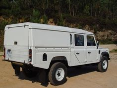 AFN4x4 Middle East - Dubai Land Rover Defender - Aluminum  Hard Top  ________________________________________  #fitness #4x4 #chelseatruckcompany #landrover #landroverdefender #defender #g6x6 #g55 #g63 #amg #luxury #knightsbridge #expedition #jeep #bespoke #landroverexperience #carporn #dubai #qatar #fashion  #Gwagon #classic #London #russia #rangerover #selfie #6x6 uae @landrover_nation @landroverdiscovery@landroveroman @lrclubrussia @uae_landrover@landroverphotoalbum…