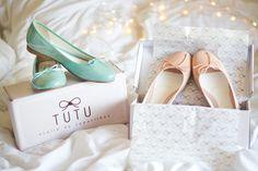IMG_1393http://melinasouza.com/2015/06/09/tutu-por-serendipity/  Melina Souza - Serendipity <3  Flats: Tutu Ateliê de  sapatilhas <3  #Flats #Shoes #TutuSerendipity