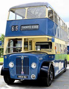 Beetles Volkswagen, Volkswagen Bus, Vw Camper, Vans Vw, Bradford City, Picture Mix, Routemaster, Land Rover Defender 110, Double Decker Bus