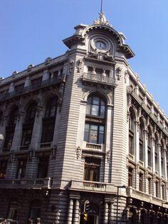 Edificio, Av. Madero, México DF