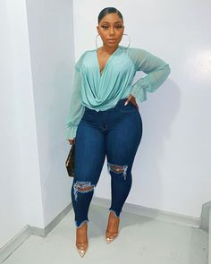 Fashionista Women in Africa ( Thick Girls Outfits, Curvy Girl Outfits, Girls Summer Outfits, Dope Outfits, Stylish Outfits, Plus Size Outfits, Fashion Outfits, 2000s Fashion, Modest Fashion