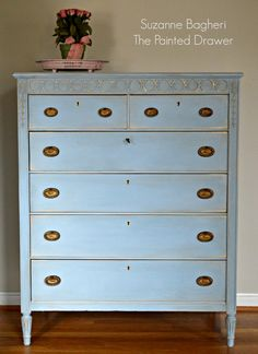 I've had fun the past few days working on this great crackle finished dresser that I picked up a few weeks ago. I shared it on my Favorite Find Monday and here is its before pic: The dresser…