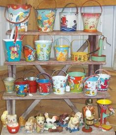 If I could collect something totally frivolous, it would be vintage tin sand pails.
