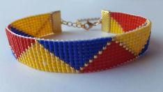 Bracelet perles de verre Miyuki jaune bleu et rouge tissées à Peyote Bracelet, Beaded Bracelets, Collar Indio, Loom Beading, Edwin, Creations, Etsy, Jewelry, Google