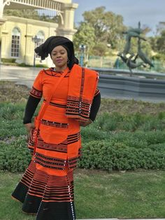 Xhosa Attire, African Attire, African Wear, African Dress, African Style, African Traditional Wedding Dress, African Fashion Traditional, Traditional Outfits, African Fashion Designers