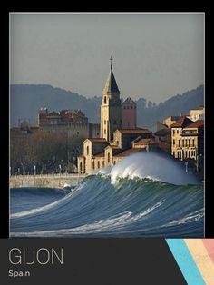 Wow, what a wave! Gijon, Spain