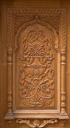 A Window of Gurdawara Janam Asthan, Guru Ram Das | Chuna Mundi, Punjab Lahore | Pakistan. Home Door Design, Pooja Room Door Design, Door Gate Design, Door Design Interior, Wooden Front Door Design, Main Entrance Door Design, Wooden Front Doors, House Main Door, Modern Wooden Doors
