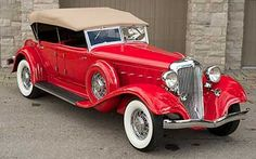 1933 Chrysler Imperial Dual Cowl Phaeton...Beep..Beep..Re-Pin Brought to you by #HouseofInsurance for #ClassicCarInsurance Eugene, Oregon