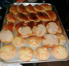 pan casero con harina Bolivian Food, Strawberry Fruit, Bolivian Recipes, Spoons, Homemade