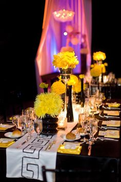 Black, white, yellow, and modern. Everything I want in a wedding!
