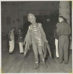 Creepy Vintage Halloween Photos...
