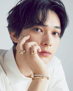 Cute Japanese Boys, Japanese Men, Japanese Models, Ryo Yoshizawa, Ideal Boyfriend, Pose Reference Photo, Cute Actors, Portrait Poses, Asian Actors