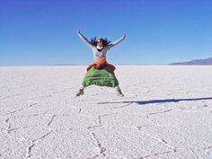Estamos em crer que o caminho para a felicidade se faz através das viagens. Quer ser FELIZ? Vá VIAJAR! Veja as razões porque deve viajar para ser feliz.