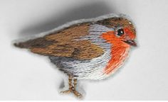 The Robin brooch by ValeriaPetunina on Etsy