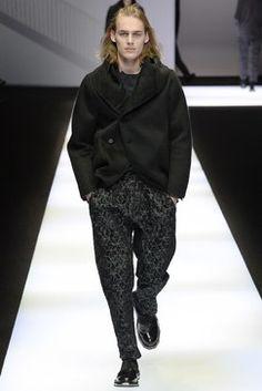 Emporio Armani Fall 2017 Menswear Fashion Show Collection