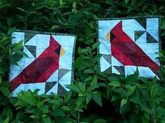 cardinal quilt blocks would make good christmas runner or mugrugs