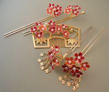 Kanzashi and Kushi Traditional Wedding Set — Hairpins and Comb