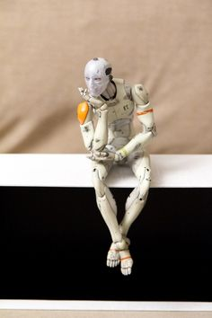 1/6 Synthetic Human Test Body - contemplating (2014)