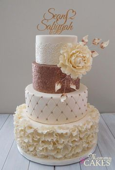 60 Elegant and Beautiful Wedding Cakes That You Like - Page 33 of 60 - Chic Hostess - - cakes elegant romantic Big Wedding Cakes, Floral Wedding Cakes, Amazing Wedding Cakes, Elegant Wedding Cakes, Wedding Cake Designs, Trendy Wedding, Cupcake Tower Wedding, Wedding Cupcakes, Wedding Cake Toppers