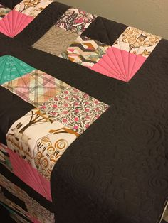 Zipper Bags, Travel Bags, Cosmetic Bag, Quilts, Blanket, Travel Handbags, Travel Tote, Quilt Sets, Blankets