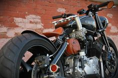 Yamaha-DKW Russian Cafe racer > 1938 DKW NZ350, renamed IZH IL350 and a Yamaha 400 Diversion Engine