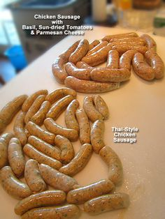 [USA] Chicken Sausage with Sun-Dried tomatoes, Basil, Cheese - Homemade Sausage Making Homemade Sausage Recipes, Meat Recipes, Cooking Recipes, Pasta Recipes, Traeger Recipes, Wing Recipes, Cheese Recipes, Charcuterie, How To Make Sausage