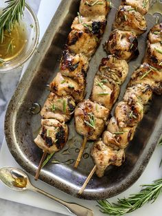 Balsamic and Honey Chicken Skewers with a bit of rosemary on foodiecrush.com #recipe #chicken #skewers