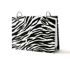 3 x 5 index card binder with a black and white by ArtBySunfire