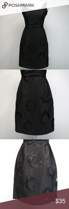 ANNA SUI Black Patch Flower Embroidered Dress Preloved in excellent condition. Anna Sui Dresses Midi