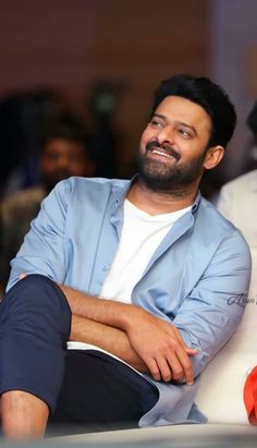 Prabhas Pics, Hd Photos, Love Hd Images, Bahubali Movie, Prabhas Actor, Best Couple Pictures, Telugu Hero, Colorful Wallpaper, Black Wallpaper