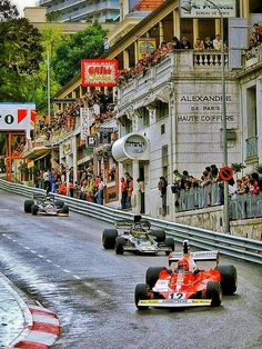 Niki Lauda piloting his Ferrari 312 to his first Monaco Grand Prix victory in – Sport is lifre Classic Motors, Classic Cars, Nascar, Alfa 4c, Ferrari, Monaco Grand Prix, Vintage Race Car, Indy Cars, Paris